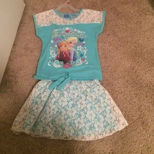 Disney Other - Adorable Frozen skirt set