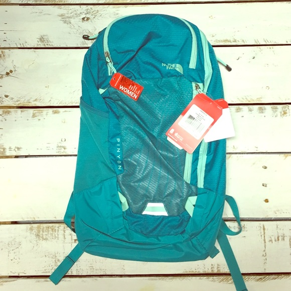 451d5afe9 The North Face Women's Pinyon backpack NWT