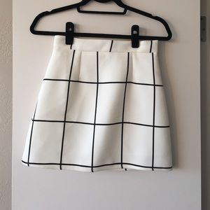 Dresses & Skirts - DONATING UNLESS SOLD TODAY White plaid mini skirt