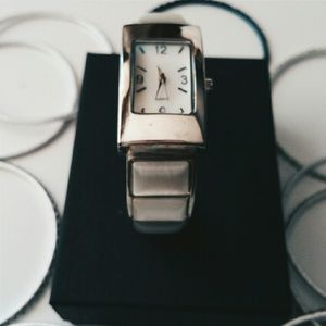 Cat's Eye Opal Bangle Watch