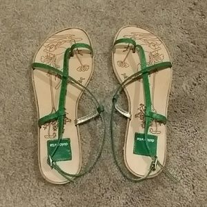 Dolce Vita Sandals New. Size 6.5  6 1/2