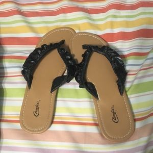 Shoes - Black ruffle sandals