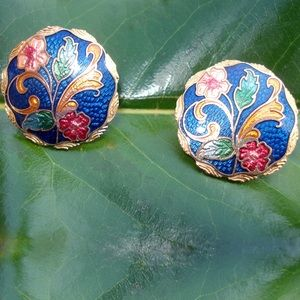 Jewelry - Vintage Multi color flower pierced earrings