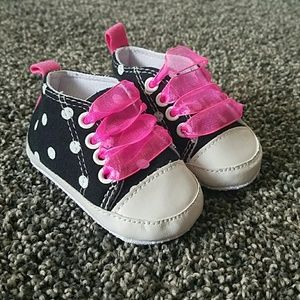 Baby Gear Other - Baby Converse Style Sneakers Polkadot