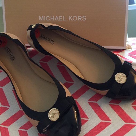 f46031a0058b Buy michael kors dixie flats   OFF50% Discounted