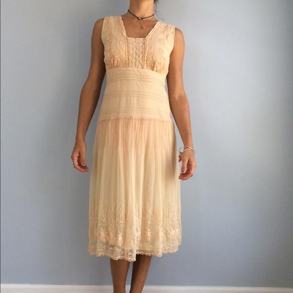 ef60b6cb2f017 Anthropologie Dresses & Skirts - Anthropologie Odille sojourn blush peach  dress