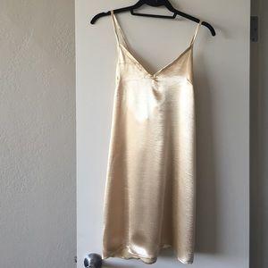 Dresses & Skirts - Verge Girl gold slip dress