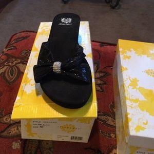 Yellow box sandals