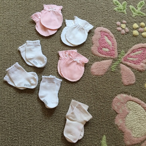 Other - 🍃💝Bundle of 7x pairs of baby items 0-6