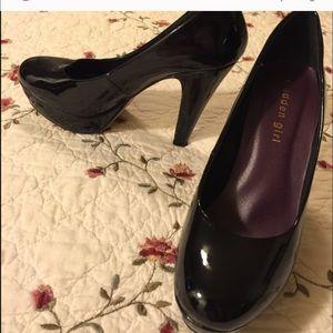 Madden girl shoes like new