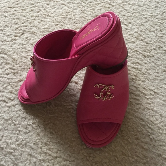 25 chanel shoes chanel pink wedges from s
