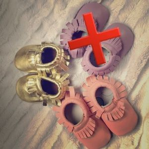 Zulily Other - NEW 🐣 two pairs of baby leather moccasins 🌟