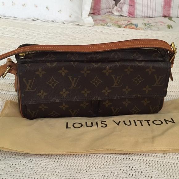 5b76e803cdca Louis Vuitton Handbags - Authentic Louis Vuitton Viva Cite MM bag!