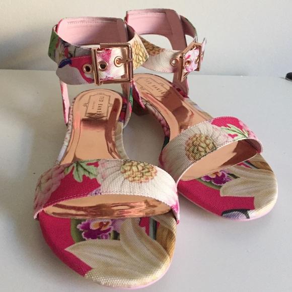 9815f559c72640 💝SALE💖NIB Auth Ted Baker Leeban Floral Sandals