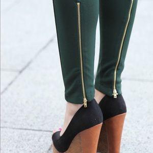 Zara Pants - Zara leggings. Black. Very good condition.