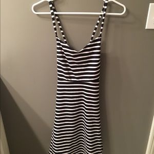 Old navy black & white stripe dress