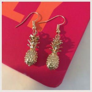 NEW! So Cute Tiny Pineapple Earrings