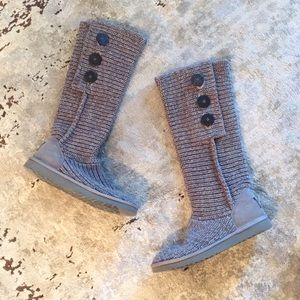 UGG knit boots with button
