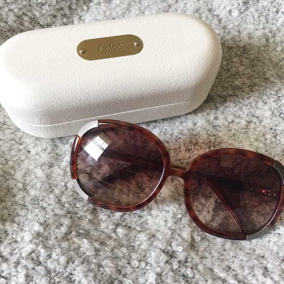 3623fd16ffc2 Chloe Accessories - Chloé Sunglasses! Worn loved by many celebrities!