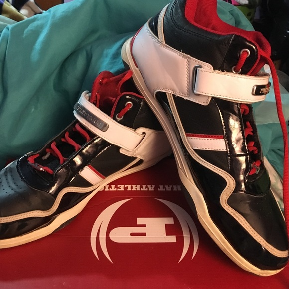 6bc2854846b Phat farm sneakers
