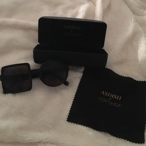 Topshop Accessories - Quirky and stylish shape sunglasses
