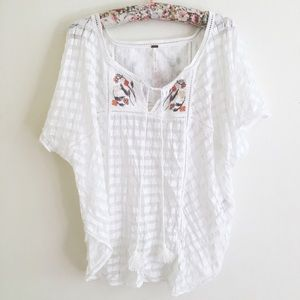 Free People Tops - Free People White Floral Vine Peasant Top