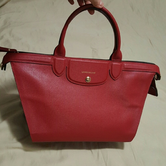 8f4cb7780e72 Longchamp Handbags - Authentic longchamp le pliage heritage medium