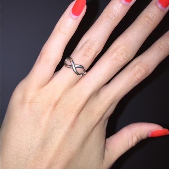 25 off tiffany amp co jewelry tiffany infinity ring