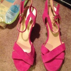 MonnaLisa Shoes - Hot suede Pink Shoes NWOT