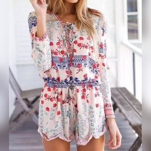 Pants - 5⭐️RATED FLORAL LONG OR 3/4 SLEEVE ROMPER