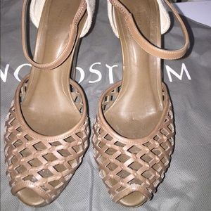 Bottega Veneta heeled sandal. Great condition.