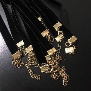 Jewelry - Velvet Black Choker