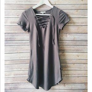 Dresses & Skirts - Grey front eyelet lace up dress