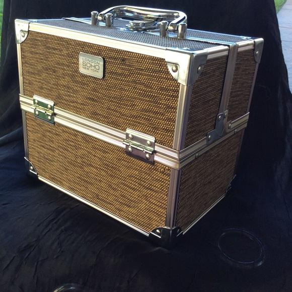 Lundon Soho New York Bags London Soho Makeup Case Poshmark