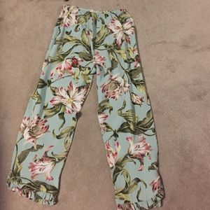 Very cool printed flowy summer pants.  Size L.