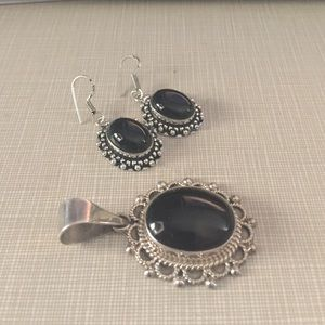 Jewelry - Stunning vntg lace onyx Pndnt stmpd Mexico/Taxco