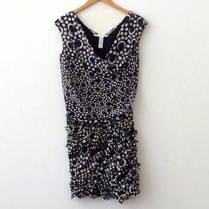 Diane von Furstenberg Dresses & Skirts - Diane Von Furstenberg Silk Print Dress Size 2
