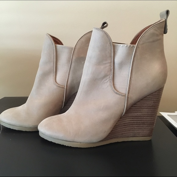 Coach Farrah Ankle Boots buy cheap find great NjIdNBF9