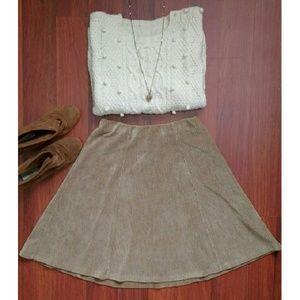 VINTAGE Corduroy A-line flowy skirt!