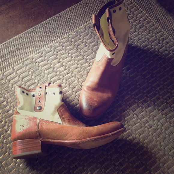 Frye Shoes - Frye booties hardly worn