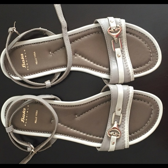 Bata Flexible Leather Shoes