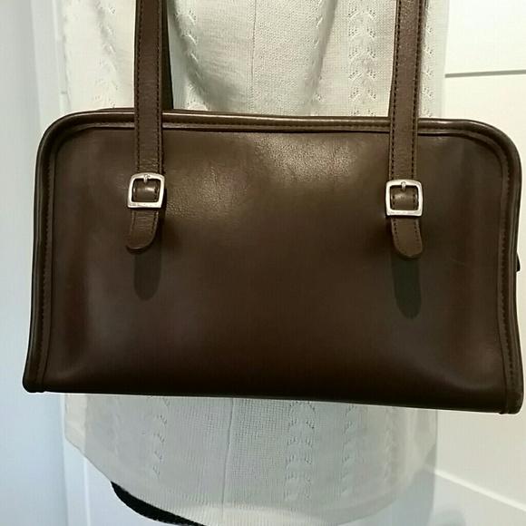 0e0937a275 ... handbag j8c9051 c7683 de07f store excellent conditioncoach handbag  j8c9051 c7683 de07f  discount coach sutton american modern swingpack purse  crossbody ...