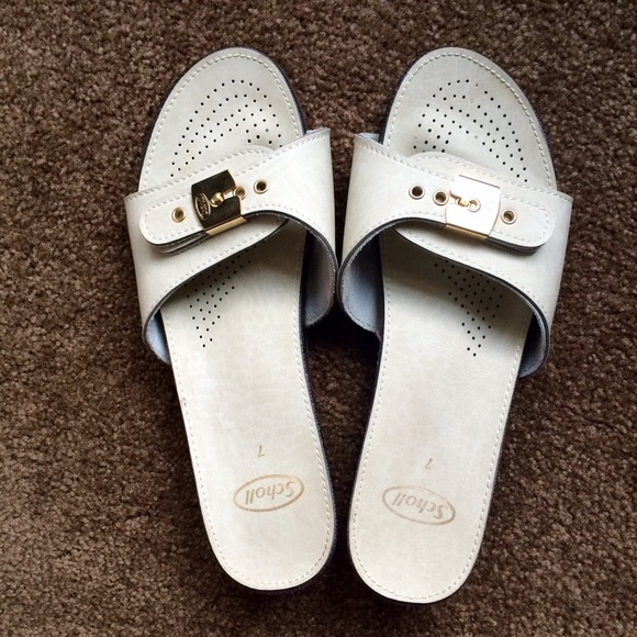 a61093b935d9 Dr. Scholl s Shoes - Awesome old style Dr. Scholl s slides