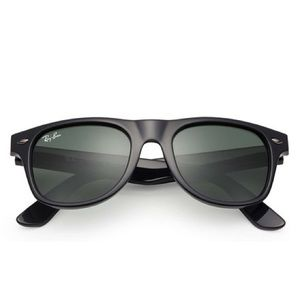 NEW! Ray-Ban Kids Wayfarer Sunglasses, Black, 44mm