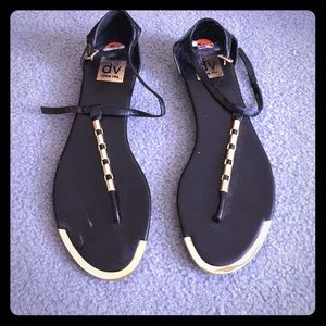 DOLCE VITA BLACK AND GOLD SANDALS SZ 9.5