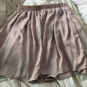 Brandy Melville pale pink skirt