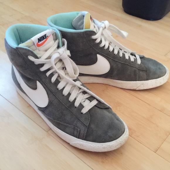 new product f6b25 908d5 Olive green Nike Blazers. M 5797cef8ea3f36356600456b
