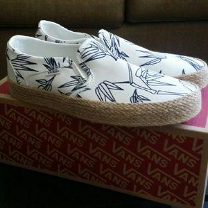 a35f0ebadd Vans Shoes - Womens Vans
