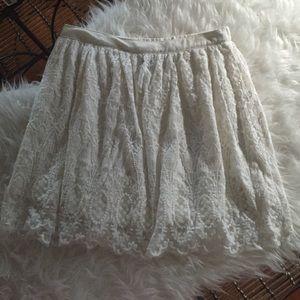 H&M Dresses & Skirts - Lace skirt