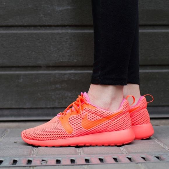 de17c897e2c9d New Nike Roshe One HYP BR Crimson Pink Blast